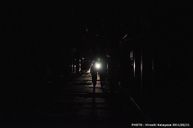 停電した鎌倉・小町通り(2016/3/11)